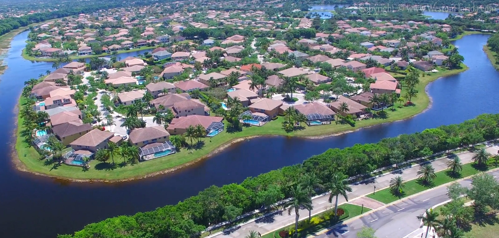 Residential area in Weston Florida